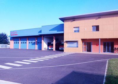 Porte sectionnelle FEA caserne de pompiers